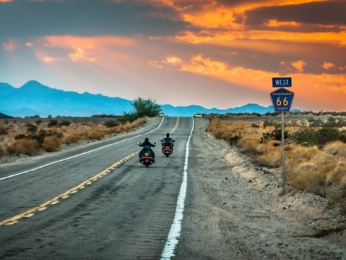 iconic-route-66-americas-first-solar-roadway-01