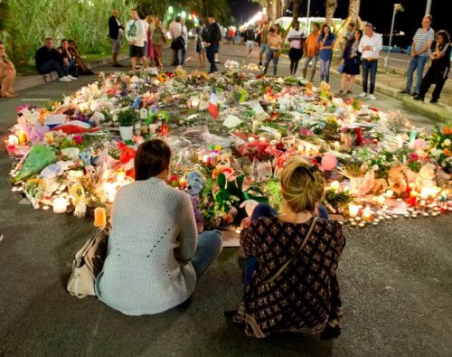 Nice-Tributes-after-Terror-Attack